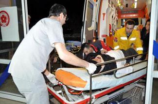 Sivasta yolcu otobüsü devrildi: 15 yaralı