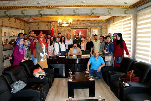 Prof. Dr. Mehmet Ali Çullu ve Öğrencileri Kaymakam Yosunkaya'yı Makamında Ziyaret