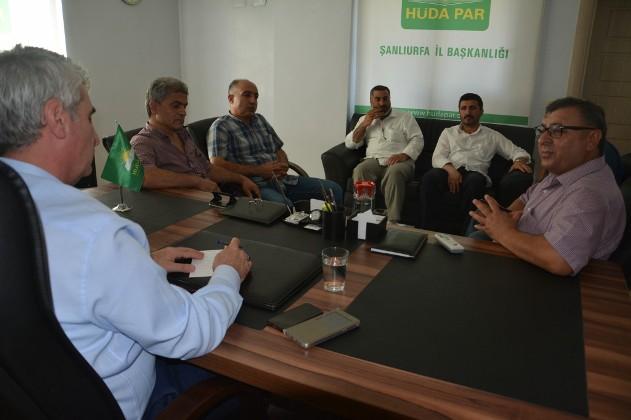 PDK-S temsilcilerinden HÜDA PAR'a