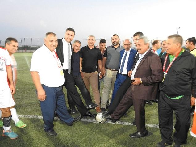 ASKF'NİN DÜZENLEDİĞİ 35 YAŞ ÜSTÜ FUTBOL TURNUVASI BAŞLADI