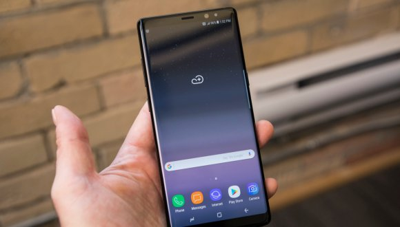 Samsung tam 36 ödülle rakiplerine fark attı!