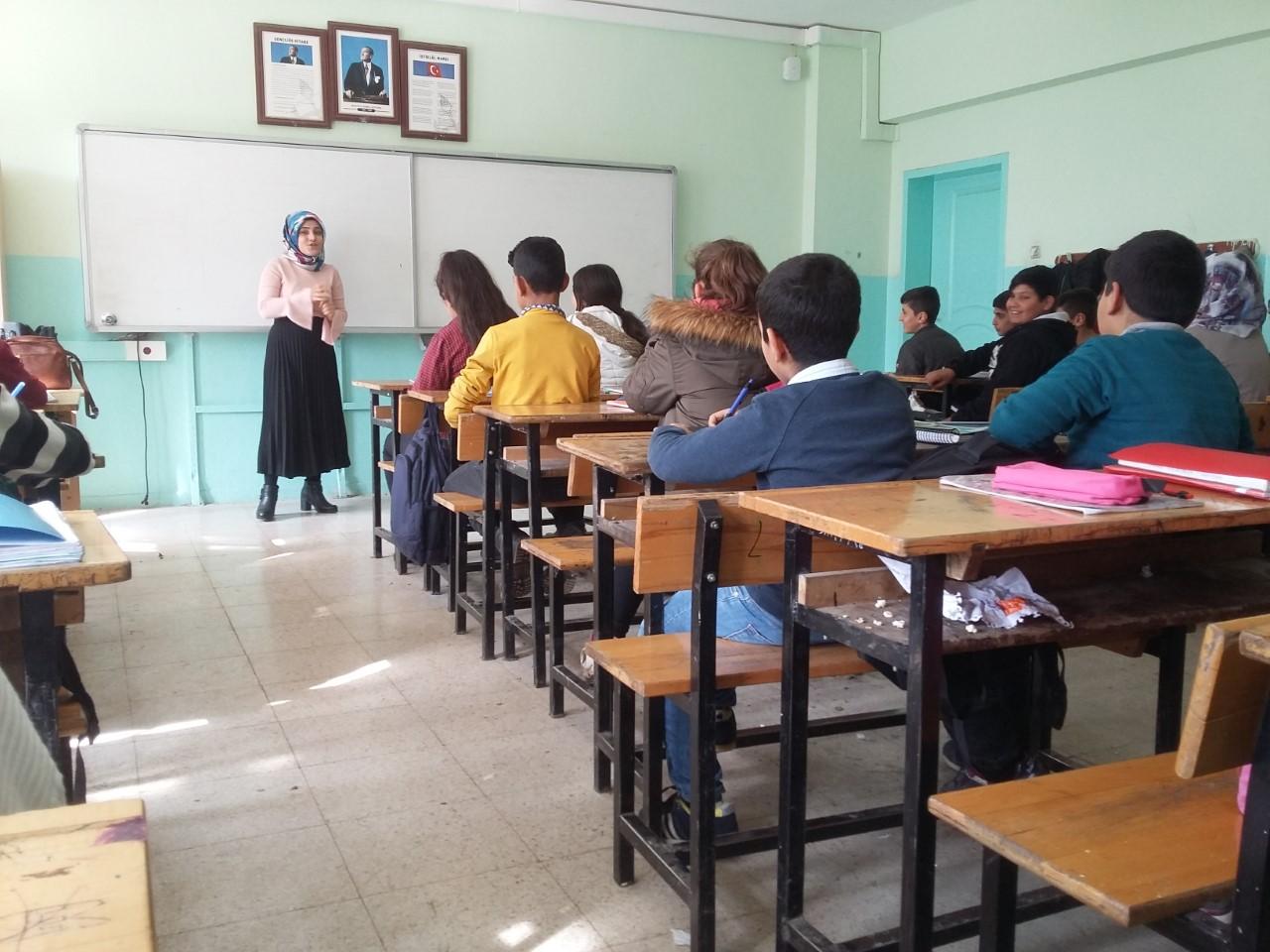 İlahiyat Fakültesin'den Değerler Eğitimi Projesi