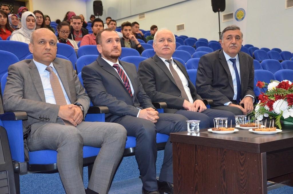 HRÜ'de V. Geleneksel Bilişim Günleri Başladı