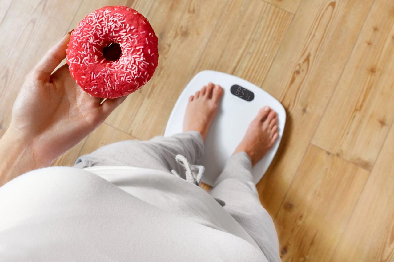 Gençlere göre obezite başarı hissini azaltıp mutsuz ediyor.