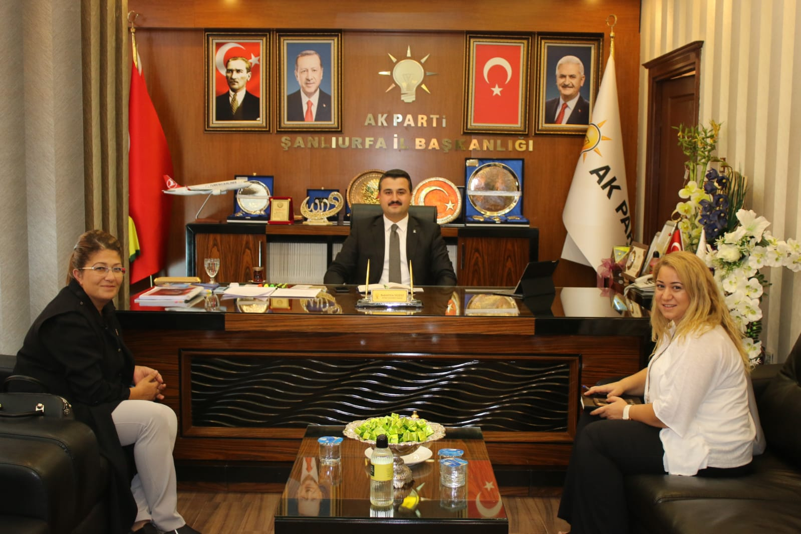MKYK Üyesi Vildan Polat AK Parti İl Başkanlığını Ziyaret Etti