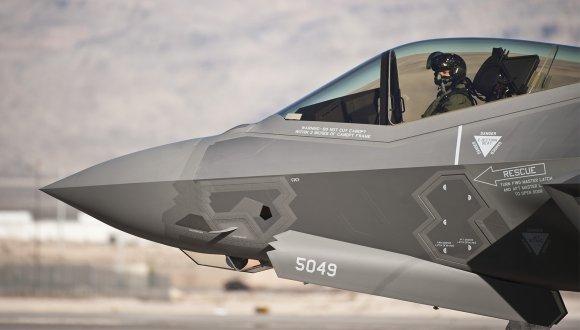 F-35'lerimiz artık Türk pilotlara