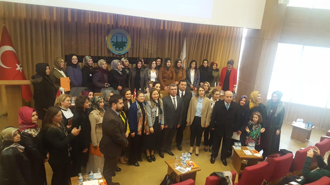 """KADEM Kadın Siyaset Akademisi"""" Sertifika Töreni"""