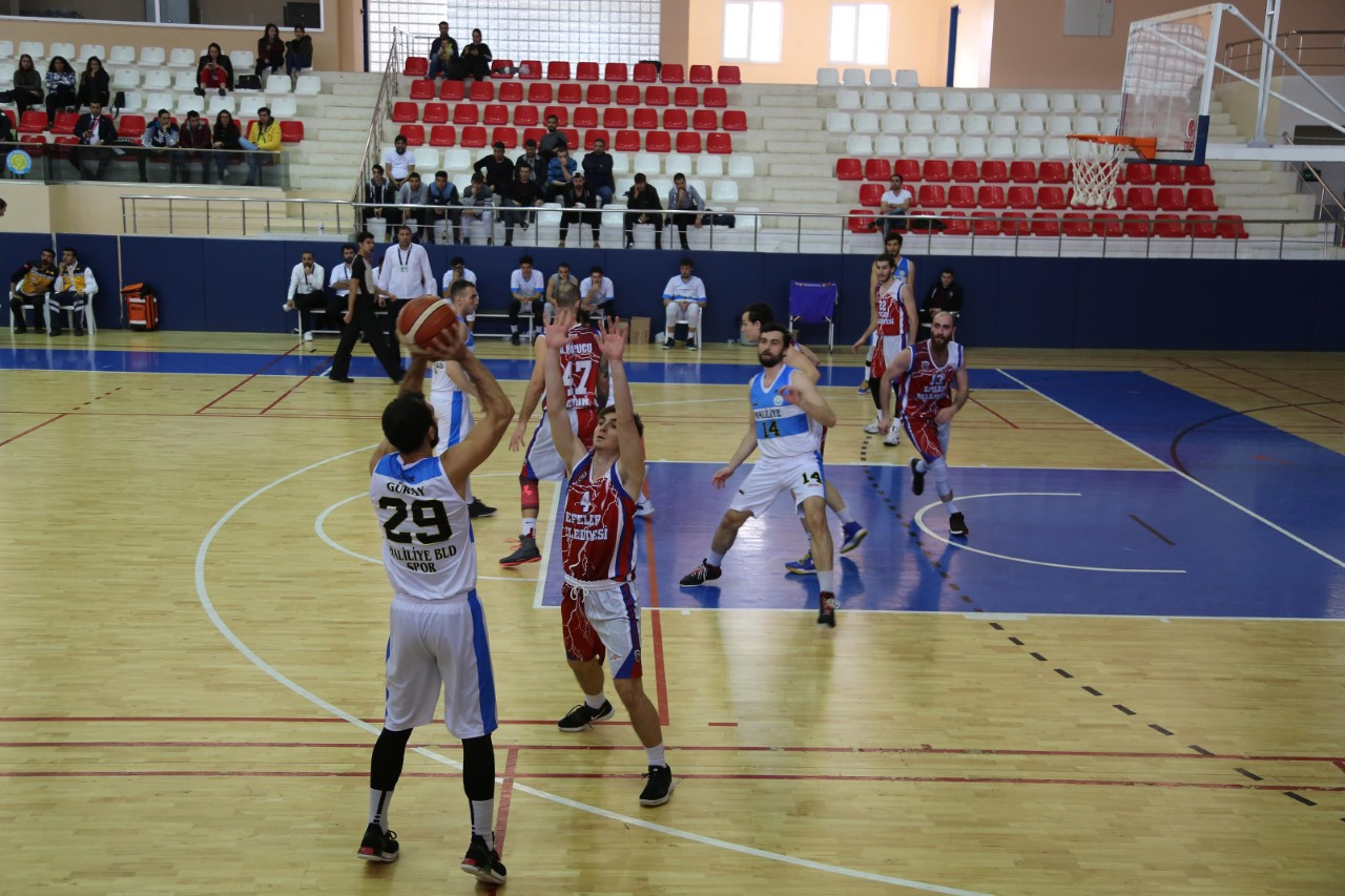HALİLİYE BASKETBOL TAKIMI, PLAY OFF'U GARANTİLEDİ