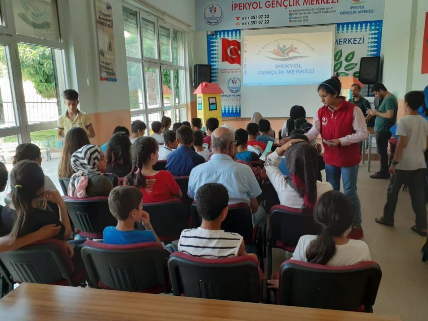 Şanlıurfa İpekyol Gm' den Gençlere Bağımlılık Semineri