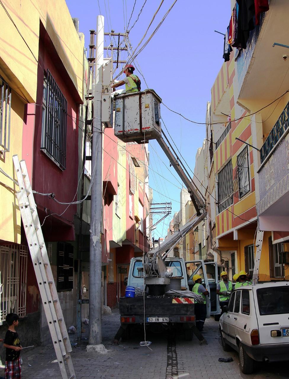 Dicle Elektrik Şanlıurfa'da 2.2 milyonluk yatırımın ikinci etabına başladı