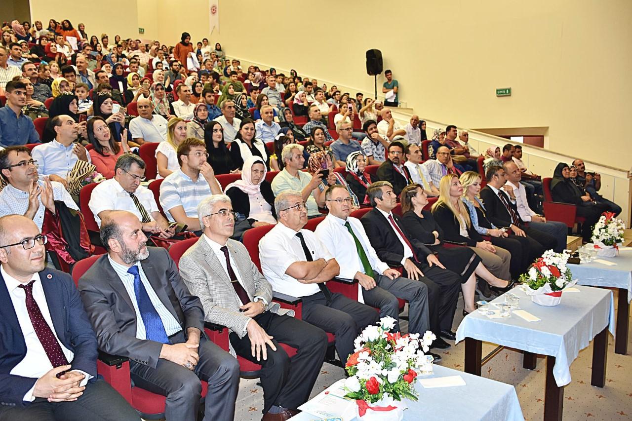 HRÜ Tıp Fakültesi beyaz önlük giyme töreni