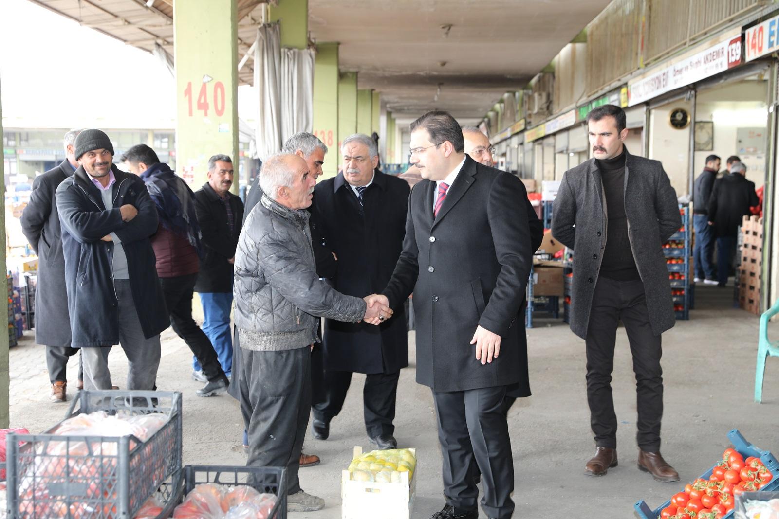 BAŞKAN CANPOLAT HAL PAZARI ESNAFI İLE BİR ARAYA GELDİ