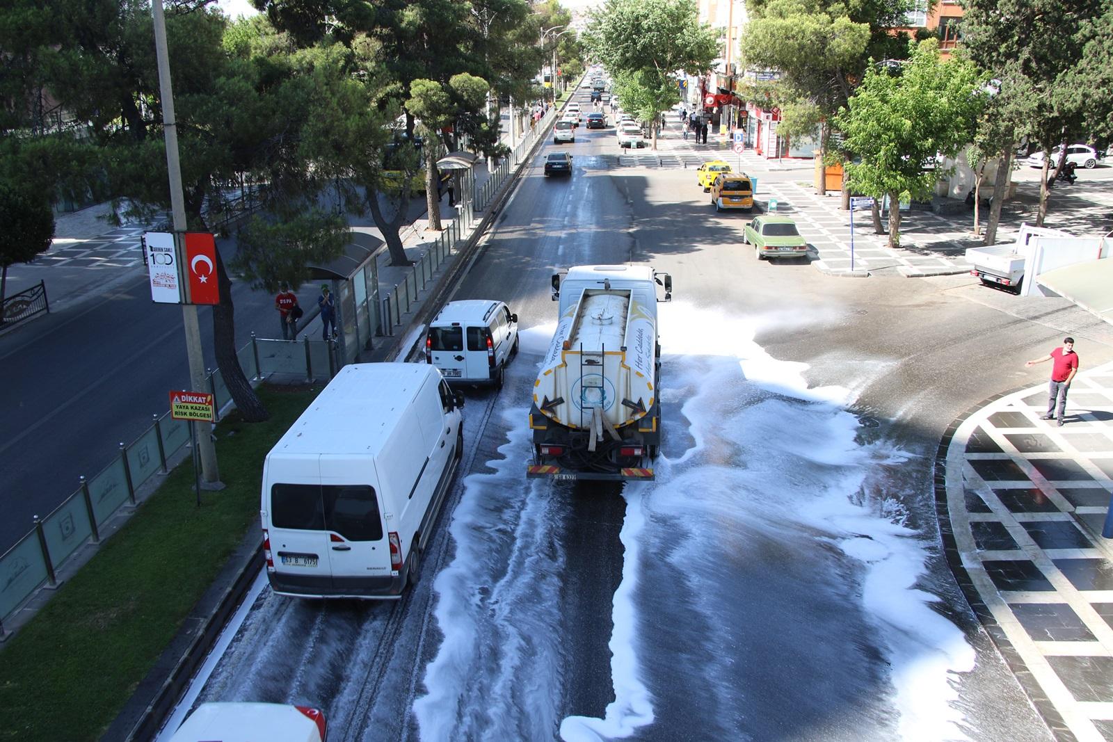 HALİLİYE'DE 'TEMİZLİK İŞLERİ' DURMAK BİLMİYOR