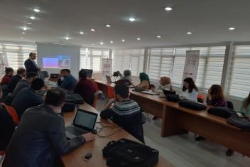 Harran Üniversitesi'nde Yapay Zekâ Öğretmen Eğitimi