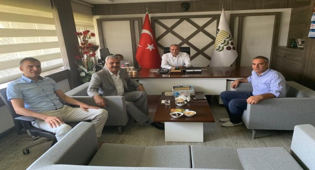 BAŞKAN PELTEK, TOPRAK MAHSULLERİ OFİSİ'Nİ ZİYARET