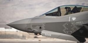 F-35'lerimiz artık Türk pilotlara emanet!